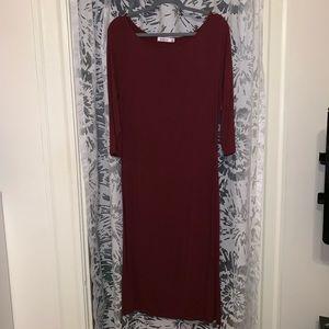 Maroon long sleeve maxi dress